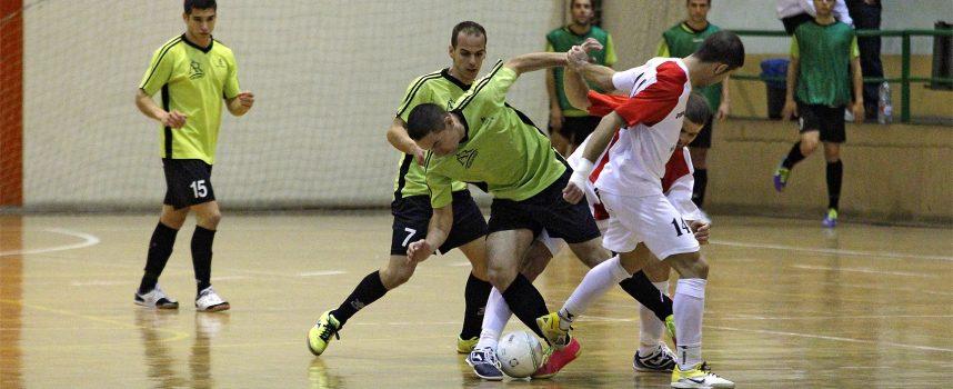 El FS Cuéllar Cojalba consigue la permanencia en 2ª División B ante El Espinar Arlequín