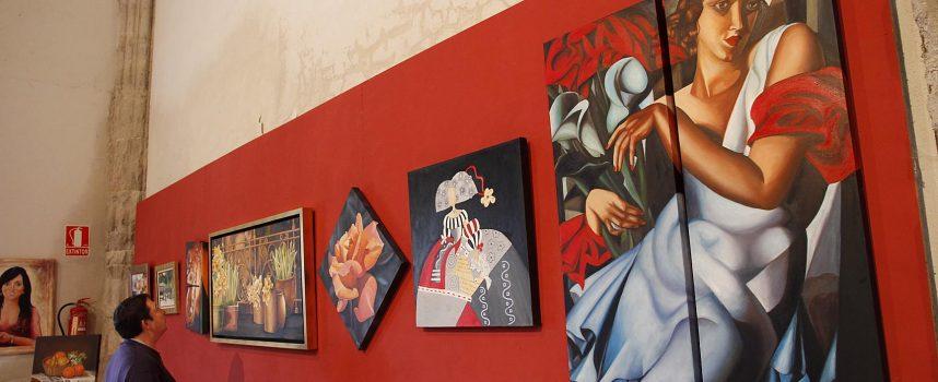 Las Amas de Casa cierran el curso con su muestra de pinturas y labores
