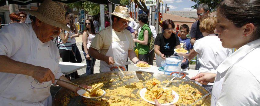Fin de fiesta con paellada en el barrio de San Gil