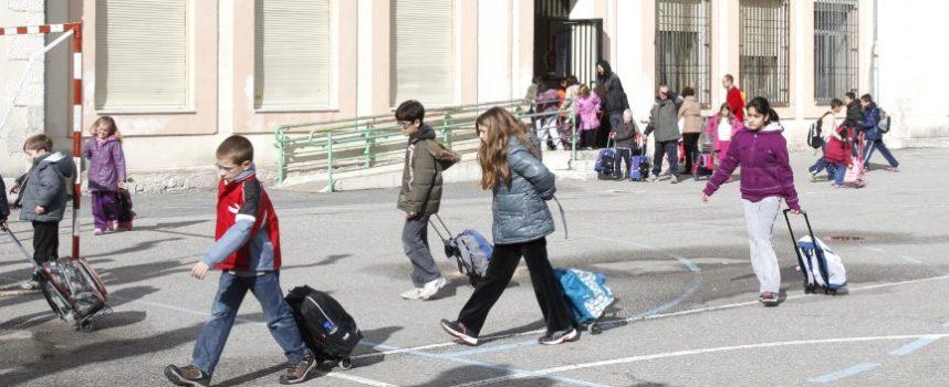 La Junta congela en 26,22 euros al mes la tarifa para los Programas 'Madrugadores' y 'Tardes en el cole' en el curso 2014-2015