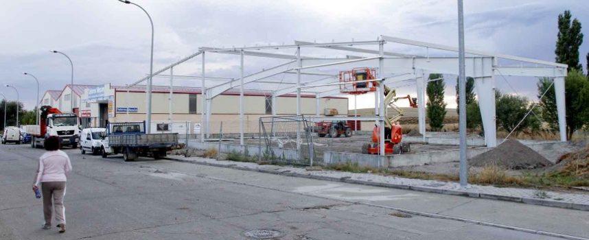 Avanzan los trabajos en la nave para servicios municipales en Malriega