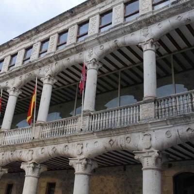 Puertas abiertas para dar a conocer a los vecinos las nuevas visitas guiadas al Castillo