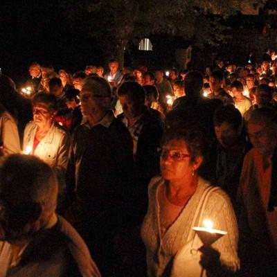 El Rosario de Antorchas precede hoy a la Romería Popular en honor a la virgen de El Henar