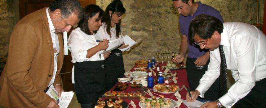 """El jurado popular puede ya degustar las tapas del XV Concurso """"Fiestas de San Miguel"""""""