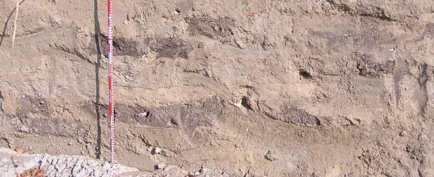 El informe de la intervención arqueológica en la muralla de Coca evidencia su origen en la Edad del Hierro