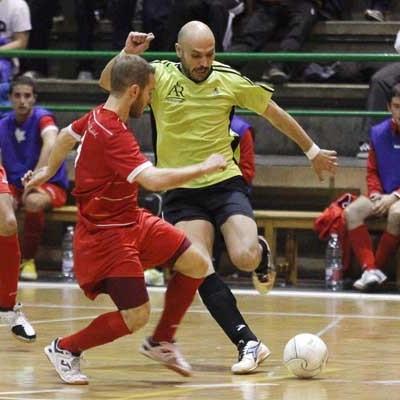 El FS Cuellar-Cojalba comienza la competición recibiendo al Universidad de Valladolid