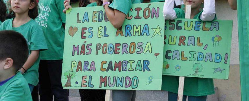 El PSOE reconoce en las Cortes regionales el esfuerzo del AMPA Garcisancho de Mudrián en su lucha por la Educación pública