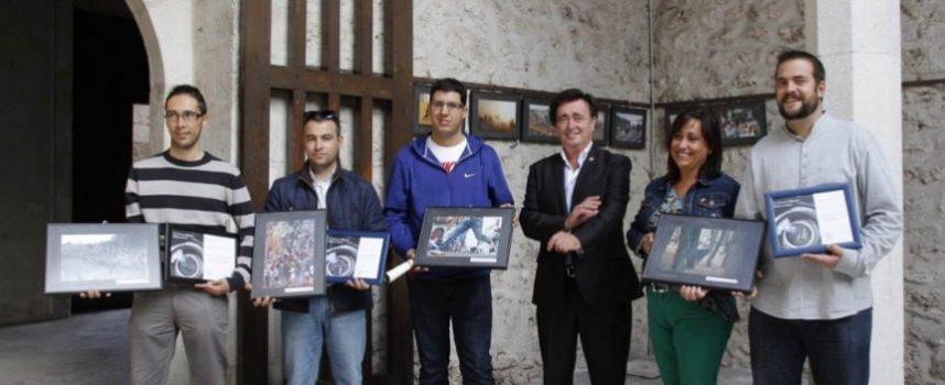 Imágenes del Concurso Fotográfico de las Fiestas decoran el Patio del Ayuntamiento de Cuéllar