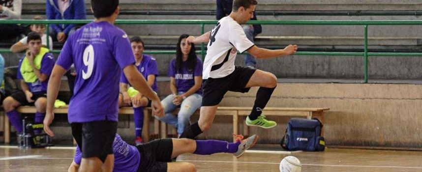 El Zarzuela sigue segundo a costa del Sporting Nava y el Racing Cuéllar recibe al líder en el partido de la jornada