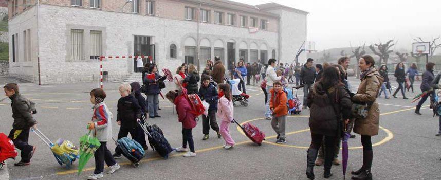 Educación abordará la modificación del proyecto del gimnasio de La Villa para analizar su financiación