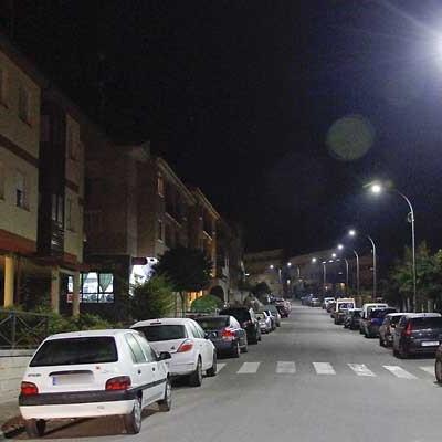 La renovación del alumbrado público alcanza el 33 por ciento con 800 luminarias instaladas