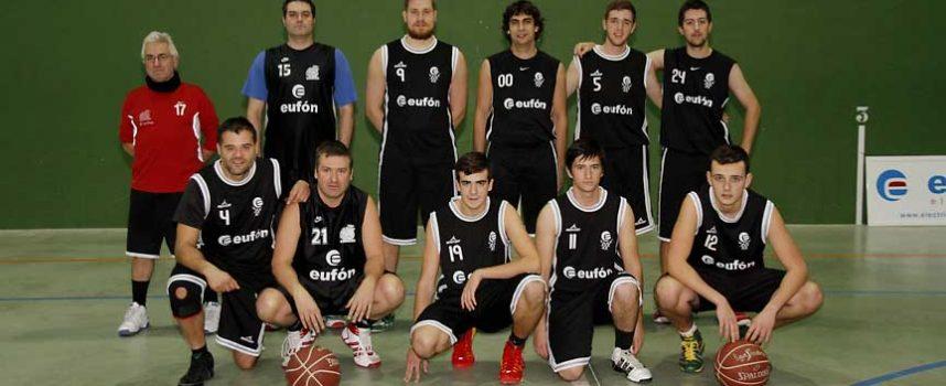 Los equipos senior masculinos del Eufón Baloncesto Cuéllar inician 2015 con distinta suerte