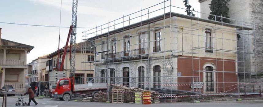 Las Cortes debatirán la petición del PSOE para terminar las obras del Ayuntamiento de Olombrada