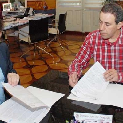 La Diputación renueva su apoyo al Balonmano Nava