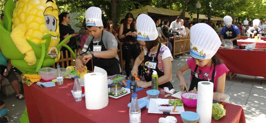 El desarrollo del concurso `Cuéllar Chef Junior´ se traslada a la Feria Cuéllar Joven