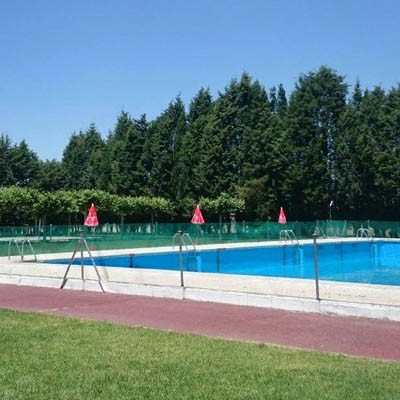 La piscina de Navas de Oro suma Aquagym a sus actividades