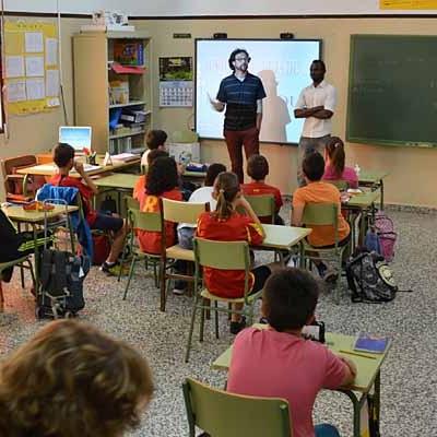 UCCL acerca el hecho migratorio al CEIP Fray Obispo Sebastián de Nava de la Asunción