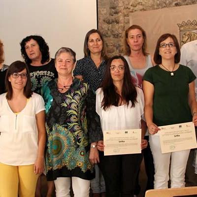 Villa y Tierra entregó los diplomas a seis nuevas tituladas en geriatría