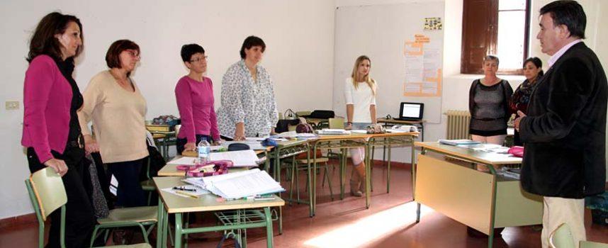 Las alumnas del Programa Dual de Villa y Tierra desarrollan su formación teórica