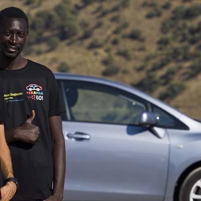 El cuellarano Gustavo Gómez se embarca junto a un senegalés en la puesta en marcha de una red social para migrantes