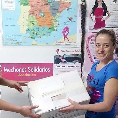 """""""Mechones solidarios"""" para regalar autoestima a los enfermos de cáncer"""