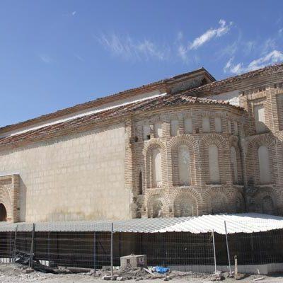 El Ayuntamiento dejará a la vista parte de las tumbas halladas junto a la iglesia de San Martín