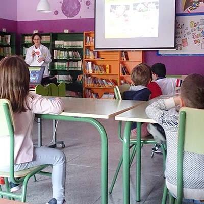Tabuenca imparte charlas nutricionales en los colegios de Cuéllar