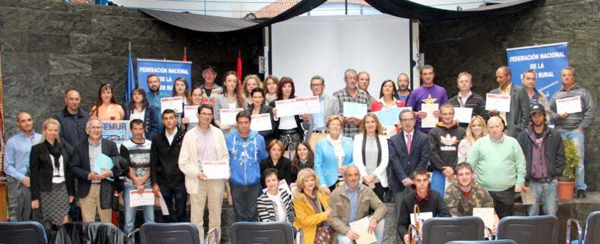 Femur entrega los diplomas a medio centenar de alumnos de los cursos de formación profesional