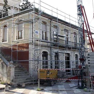 El Ayuntamiento de Olombrada manifiesta su decepción por la negativa del PP en las Cortes al arreglo del edificio consistorial