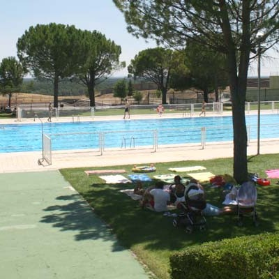 Balnea Agua y Ocio S.L. inicia mañana la gestión de las piscinas climatizada y de verano