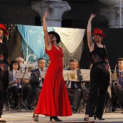 La Banda Municipal de Música sonó al ritmo de los pasodobles