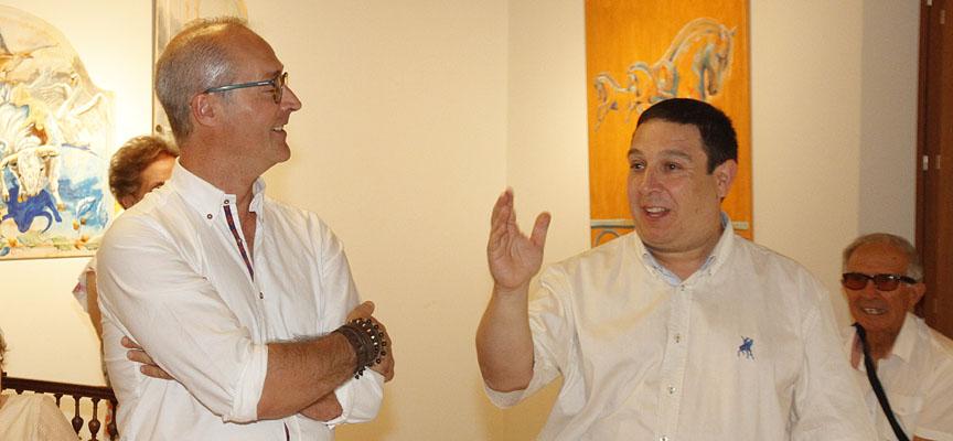 Pablo Quevedo junto a Alfonso Rey en la presentación de la exposición.