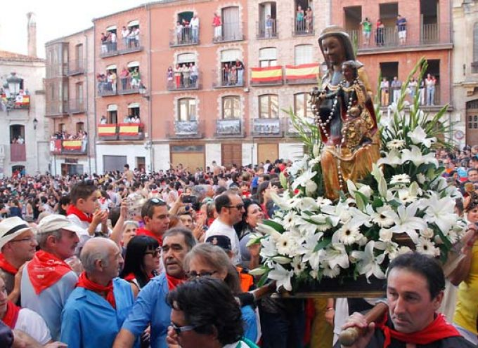 La virgen del Rosario protagonizará mañana una procesión extraordinaria