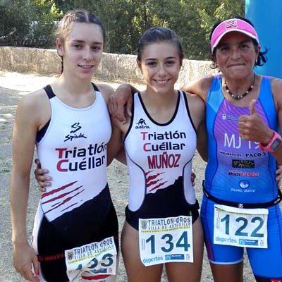 Marina Muñoz ganadora del triatlón cross de Astudillo