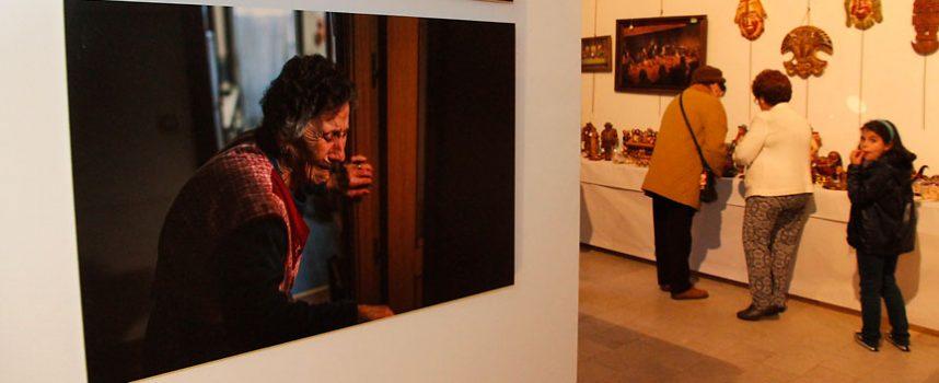 Artesanía andina y fotoperiodismo en las exposiciones que acoge la iglesia de San Francisco
