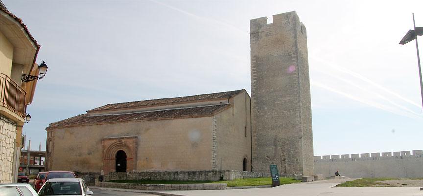 Fachada de la iglesia de San Martín.