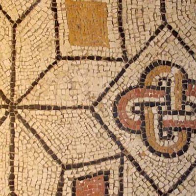 El Aula arqueológica de Aguilafuente celebra su XV aniversario incorporando una nueva pieza a su colección
