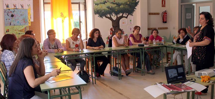 Ismur concluye los talleres de liderazgo y comunicación en Navas de Oro