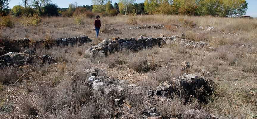 yacimiento-arqueológico-Aguilafuente-santa Lucía