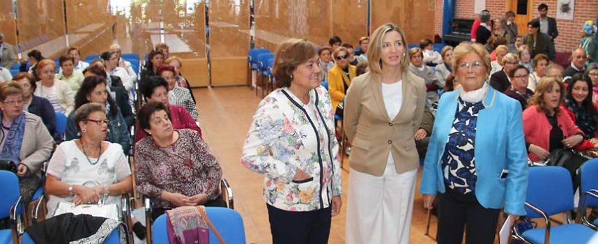 Alicia García destaca en el Foro de Femur la importancia de resaltar y reforzar el papel de las mujeres rurales