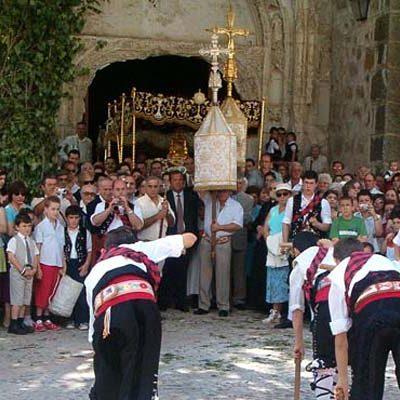 La Octava del Corpus de Fuentepelayo avanza para ser declarada Manifestación de Interés Cultural