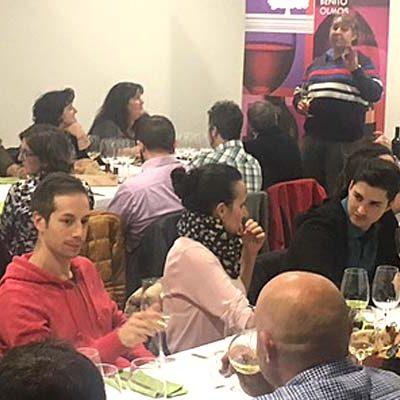 Éxito de la I Cata de Vino de la Asociación La Peguera de Zarzuela del Pinar