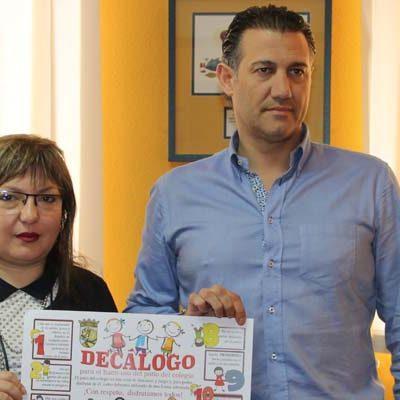 Las concejalías de Cultura y Tráfico inician una campaña para el uso adecuado de los patios de los colegios de Cuéllar