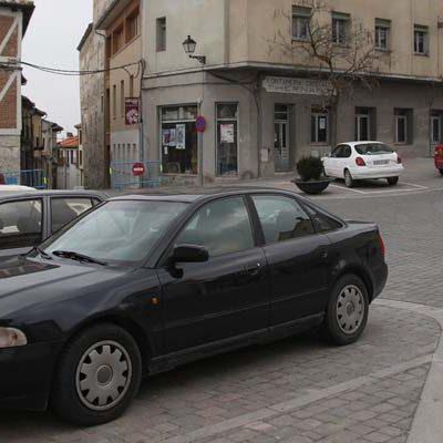 Detenido en Cuéllar un joven de 24 años por conducir sin permiso