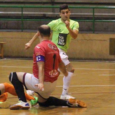 Los equipos de competición nacional del FS Cuéllar Cojalba buscan mantenerse en lo alto de la tabla