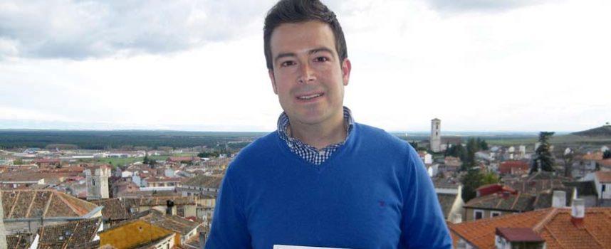 """El cuellarano David Muñoz presentará el miércoles su libro sobre """"El uso del adobe en la arquitectura tradicional segoviana"""""""