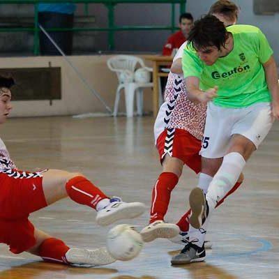 El FS Cuéllar juvenil recibe hoy al líder en Campaspero con el título en juego