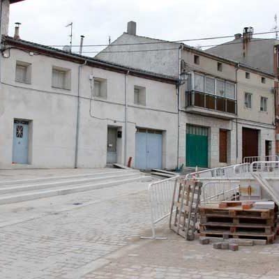 Vecinos de la calle Palacio piden al Ayuntamiento que no se supriman plazas de aparcamiento en el primer tramo de la via