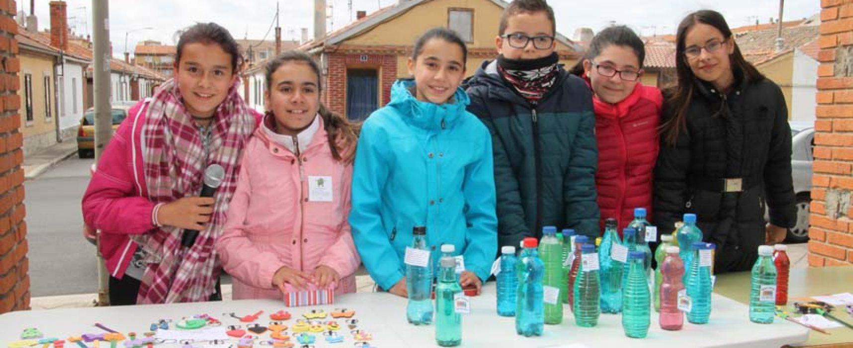 Los alumnos de 6º del CEIP San Gil afrontan el `Desafío de los 5 euros´ con un mercadillo solidario