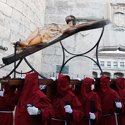 La procesión de Jueves Santo mantiene su recorrido a pesar del desacuerdo entre las cofradías